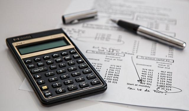 《怎样计算个人建站成本?三步得出搭建一个个人网站需要多少预算》