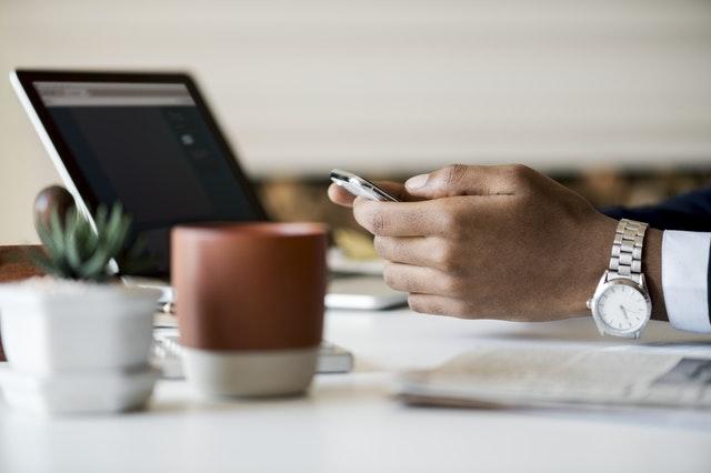 《四个步骤教会你部署一个网站需要怎么准备》